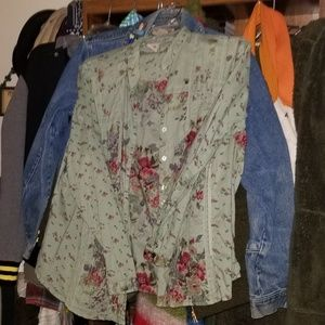 Tops - Faded Glory Floral Long Sleeve Shirt